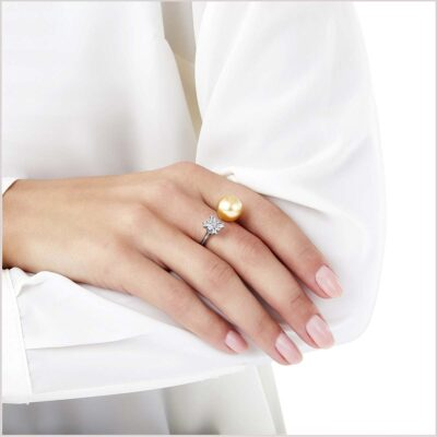 Yoko London Starlight Diamond and Golden South Sea Pearl Ring