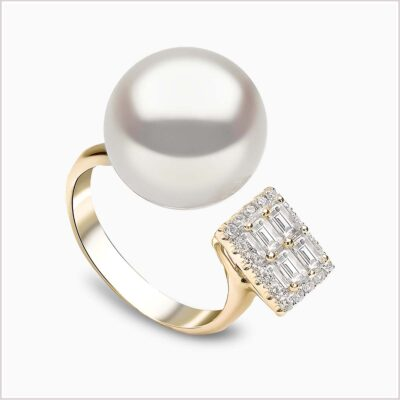 Yoko London Starlight Diamond and South Sea Pearl Ring