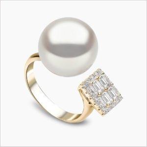 Yoko London Starlight South Sea Pearl and Diamond Ring