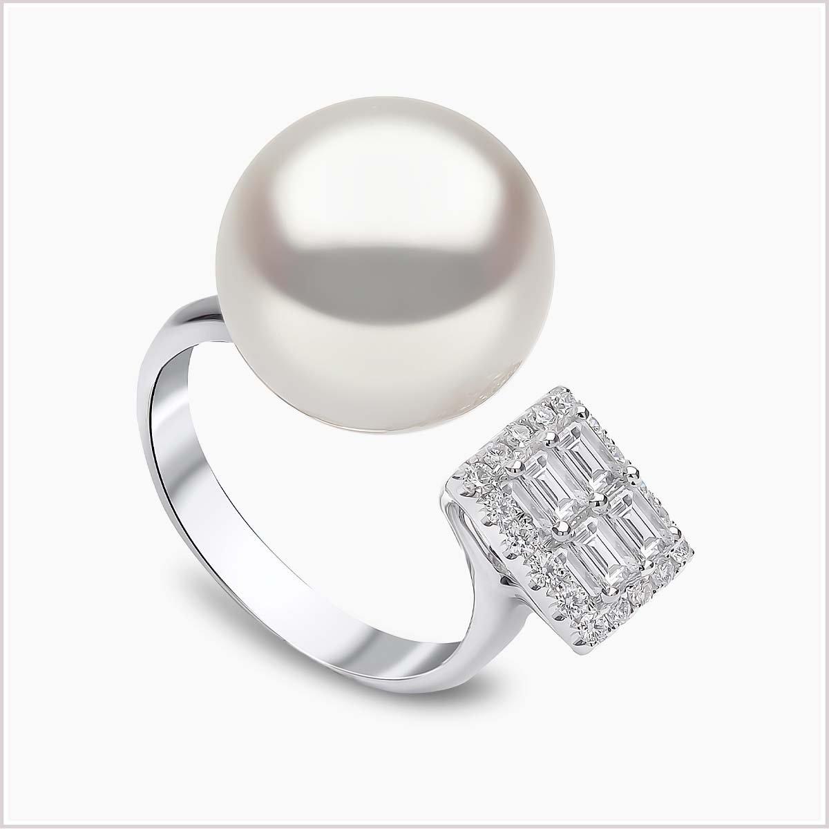 Yoko London Starlight Diamond and South Sea Pearl Ring