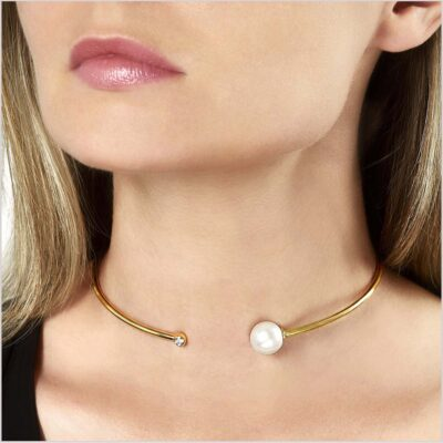 Yoko London Novus Diamond and Freshwater Pearl Necklace