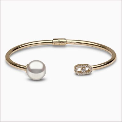 Yoko London Novus Diamond and Freshwater Pearl Bangle