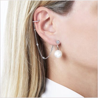 Yoko London Novus Diamond and Pearl Earrings with Cuff