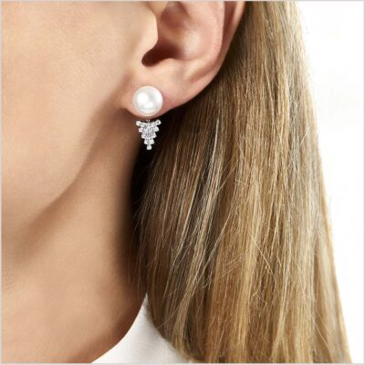 Yoko London Novus Diamond and Freshwater Pearl Ear Jackets