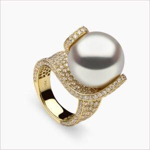 Yoko London Aurelia Diamond and South Sea Pearl Ring