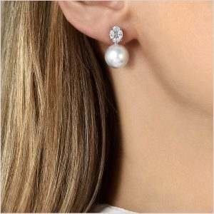 Yoko London Starlight South Sea Pearl and Diamond Earrings