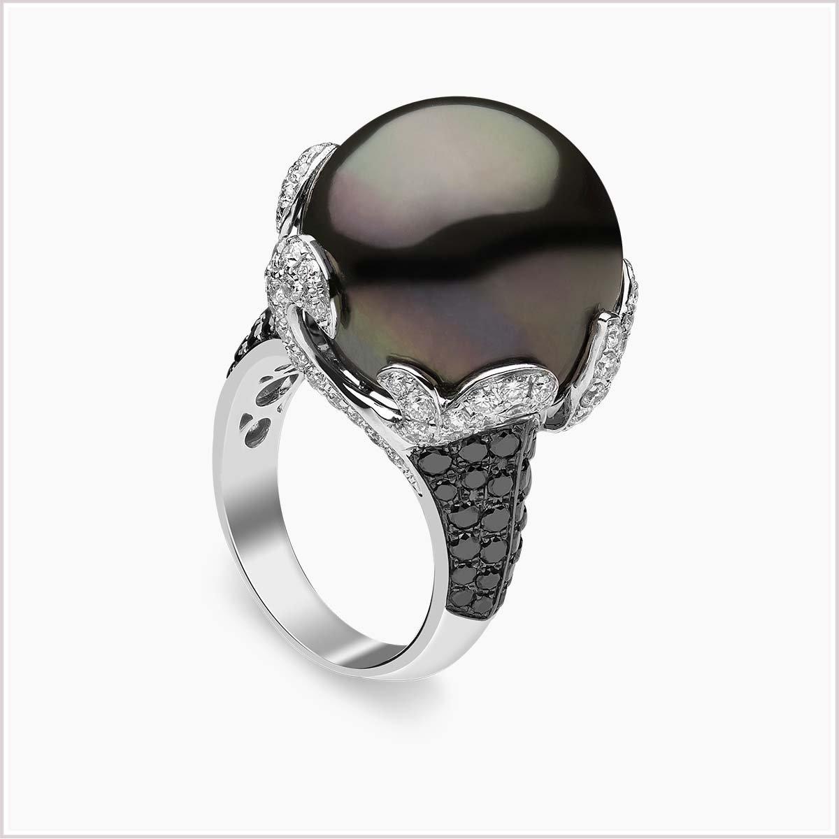 Yoko London Diamond and Tahitian Pearl Ring