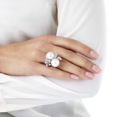 oko London Petal Diamond and South Sea Pearl Ring