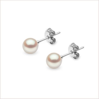 Yoko London Classic Akoya Pearl Stud Earrings