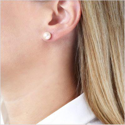 Yoko London Classic Akoya Pearl Stud Earrings