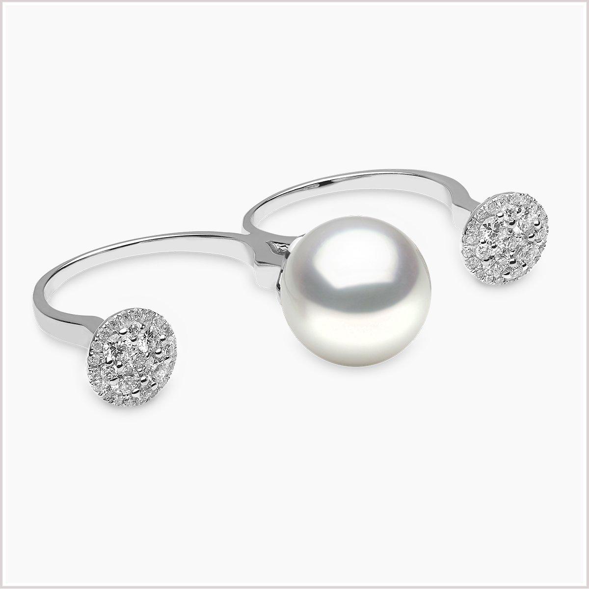 Yoko London Novus Diamond and South Sea pearl ring