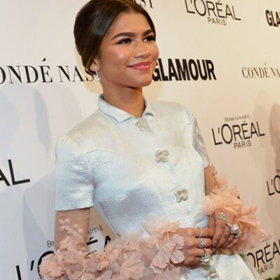 Zendaya Wears Yoko London Pearls