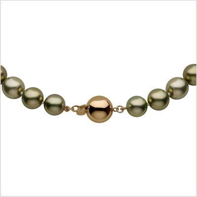 Yoko London Classic Pistachio Coloured Tahitian Pearl Necklace