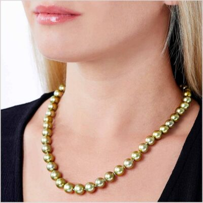 Yoko London Classic Pistachio Coloured Tahitian Pearl Necklace