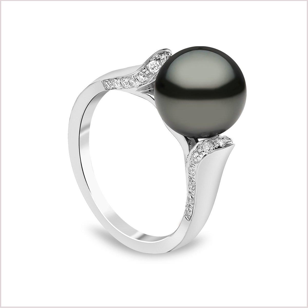 Yoko London Classic Tahitian Pearl and Diamond Ring